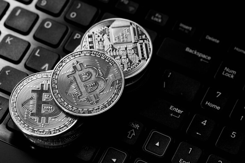 Bitcoin Forms 'Death Cross' and Price Pressure Shows No Sign of Easing